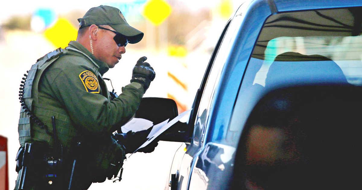 Los canadienses ahora deberán mostrar sus teléfonos cuando crucen la frontera de Estados Unidos
