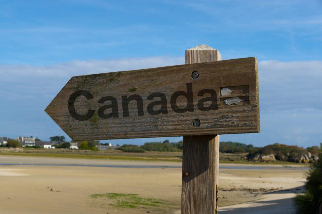 Más de un millón de inmigrantes admitirá Canadá entre el 2019 y 2021