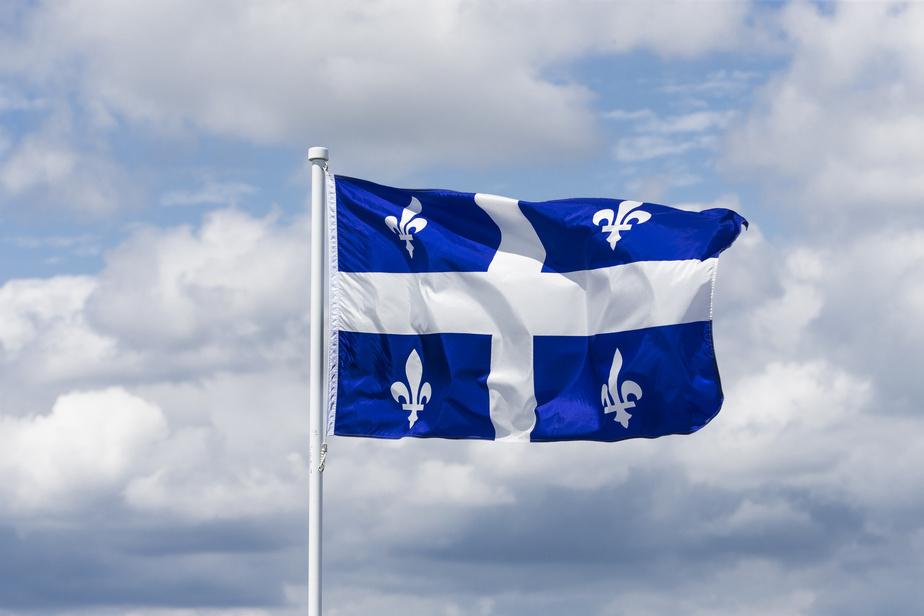 bandera-quebec.jpg